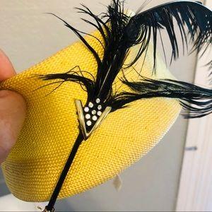 EUC Vintage SakowItz Feathered Hat